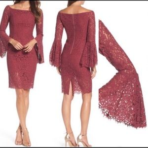 EUC Bardot Solange lace dress